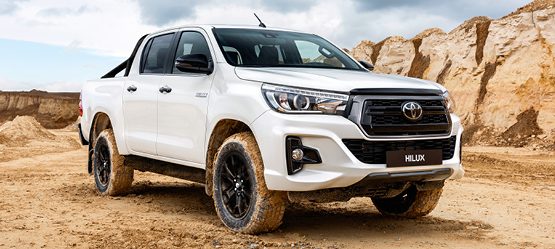 Stilingai galingas Hilux Black Edition